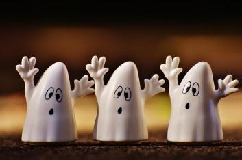 halloween-1743272_640 friendly ghost